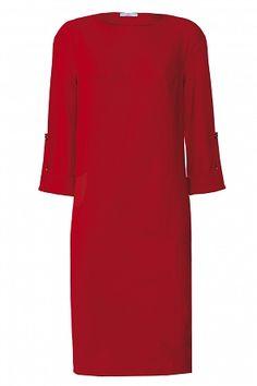 Model na zdjęciu prezentuje produkt w rozmiarze 36. Produkt oferowany w rozmiarach: 36-44  Produkt posezonowy, może nosić drobne ślady ekspozycji lub renowacji. OPIS PRODUKTU:Czerwona dzianinowa sukienka. Skład:- 75 % poliester - 21 % wiskoza - 4 % elastan