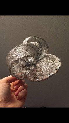 Silver Sinamay Fascinator with Diamonte Detail Silver Fascinator, Fascinator Headband, Facinator Hats, Fascinators, Hats For Women, Women Hat, Ladies Hats, Ribbon Embroidery Tutorial, Diy Hat