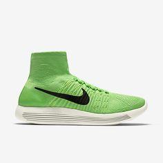 8f21a3a56d4 Chaussure de running pas cher Nike LunarEpic Flyknit pour Femme Vert  électrique Volt Jaune pâle électrique Noir. Nike Flyknit Lunar 3Shoes ...