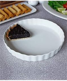Porcelain Quiche Dish | I found an amazing deal at fashionandyou.com and I bet you'll love it too. Check it out!
