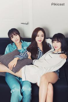 Sleepover with GFriend (Yuju SinB Yerin) Gfriend And Bts, Sinb Gfriend, S Girls, Sweet Girls, Kpop Girls, South Korean Girls, Korean Girl Groups, Asian Woman, Asian Girl