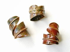 adjustable leaf copper ring wide band asymmetrical by PepaMoyano
