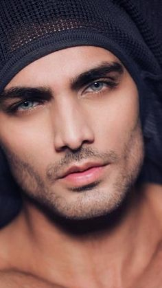 Most Beautiful Eyes, Beautiful Men Faces, Gorgeous Men, Handsome Arab Men, Handsome Faces, Pretty Eyes, Cool Eyes, Beard Styles For Men, Interesting Faces