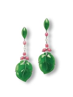 A PAIR OF JADEITE, CONCH PEARL AND DIAMOND EAR PENDANTS