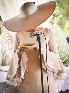 Royal Clothing, Princess Outfits, Wide-brim Hat, Outfits With Hats, Colorful Fashion, Dress To Impress, Casual Dresses, Glamour, Street Style