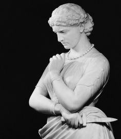 Detail of William Wetmore Story's Medea, dated to 1865-1868. Marble. Currently located in the Metropolitan Museum of Art.