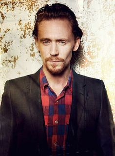 This is my favourite #TomHiddleston look - the hair, the beard.... le sigh!