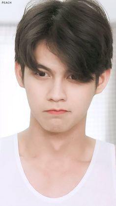 Bright Wallpaper, Boyfriend Photos, Bright Pictures, Best Friend Photos, Cute Gay Couples, Thai Drama, Handsome Boys, Trendy Hairstyles, How Beautiful