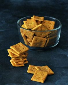 Vegan Cheesy Crackers - a quick and easy recipe for a crisp and tasty cracker thatis great for all kinds of appetizer boards, spreads, and dips!