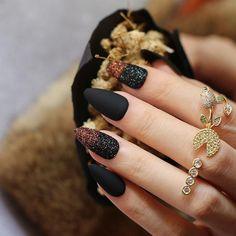 Matte Almond Nails, Matte Black Nails, Almond Acrylic Nails, S And S Nails, Hair And Nails, Orange Nails, Green Nails, Nail Picking, Cute Spring Nails