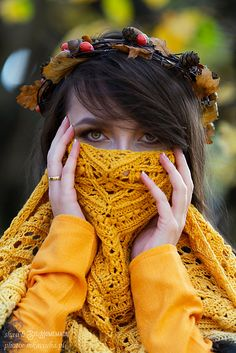 Ravelry: Nessie shawl pattern by SisHomemade Crochet Scarves, Crochet Shawl, Crochet Accessories, Fingerless Gloves, Arm Warmers, Ravelry, Vogue, English, Knitting