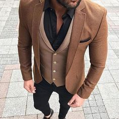 Vintage kleding mannen 34 ideas for 2019 Latest Mens Fashion, Mens Fashion Suits, Mens Suits, Jean Miro, Gentleman Mode, Designer Suits For Men, Mens Attire, Stylish Mens Outfits, Mens Clothing Styles