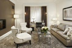 2013 Luxury Living Room with Minimalist Furniture