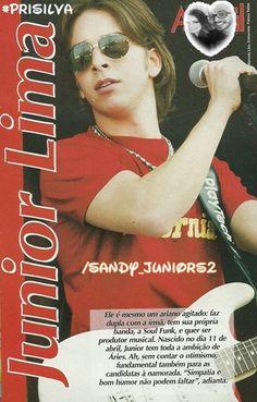 Junior Lima : Meu Divo Gato, Sempre Lindo Demais!!!! ♥♥ Amava quando o cabelo dele tava comprido assim... *-* Lindo Lindo Demais Sempre!!!! ♥♥ Amo Muitooooooooo!!!!!!!!!!!!!!!!!!!!!!!!!!! ♥♥ Beijos. [b]#PriSilva - Twitter: http://www.twitter.com/Blog_SLeJL (@Blog_SLeJL) - Página do Facebook: http://www.facebook.com/FamiliaSandyLeah - Blog: http://www.sandyleahejuniorlima.blogspot.com - Meu outro fotolog: http://www.fotolog.com/infancia_se...