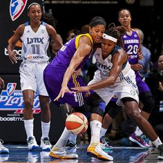 Candace Parker and Rebekkah Brunson fight for a rebound in game one of the western conference finals.