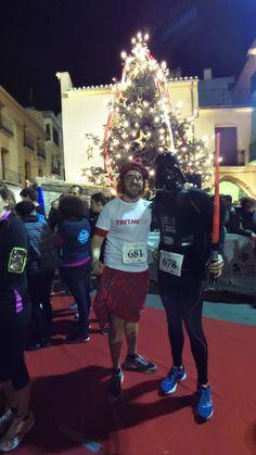 Así celebrábamos el fin de año en la San Silvestre de Vila-Real / Darth Vader & Scottish man, celebrating the traditional New Year's Eve San Silvestre Race