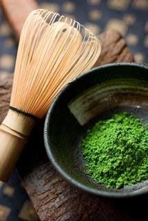 Ceremonia Japonesa: Matcha (té verde en polvo) y Cha-sen (agitador de bambú)