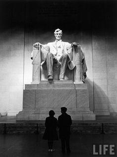 Lincoln Memorial, by Carl Mydans 1958