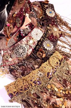 I want to lay on these and look at all the details of all this hard work for hours.  Beautiful meticulous detail