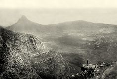 Really really old pictures of Cape Town Old Pictures, Old Photos, Vintage Photos, Cities In Africa, Cape Town South Africa, Table Mountain, Most Beautiful Cities, Antique Maps, Historical Pictures