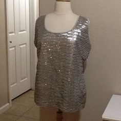 """Sequins covered top Sequins covered tank top with solid champagne back. Laying flat 24""""across chest. True women's size 3X Jones New York Tops"""