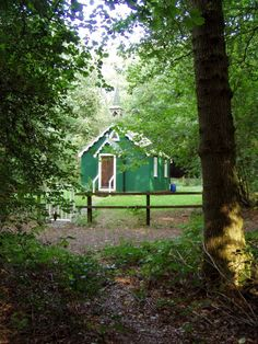 Gypsy Church in The Wood Photo, Bramdean Common, Hampshire: #churches…