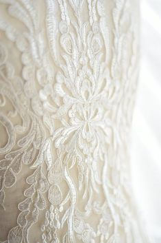 Off White Lace Lique Bridal For 1 Pc Al