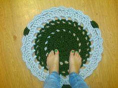 Primera alfombra ganchillo