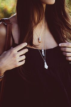 Lovely @mexiquer , blogger at Mexiquer Blog, wearing her @pinlovelybreeze stone pendants!
