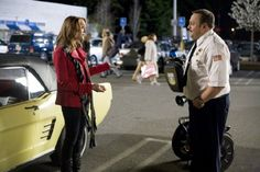 Still of Kevin James and Jayma Mays in Paul Blart: Mall Cop