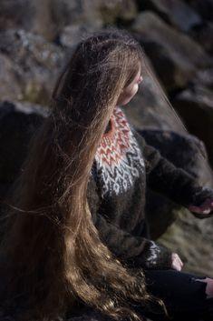 Ravelry: Dreyma pattern by Jennifer Steingass Ravelry, Free Pattern, Long Hair Styles, Knitting, Stuff To Buy, Beauty, Knits, Tricot, Long Hairstyle