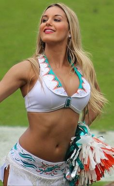 Miami Dolphins Cheerleader Dolphins Cheerleaders, Hottest Nfl Cheerleaders, Football Cheerleaders, Cheerleader Girls, Football Girls, College Cheerleading, Cheerleading Pictures, Cheer Pictures, Miami Dolphins
