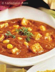 Paneer and Corn Curry recipe   Indian Subzi Recipes   by Tarla Dalal   Tarladalal.com   #4310