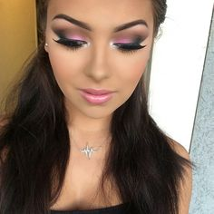 This is really gorg! Just two colors need to accomplish this ! Blend blend blend!