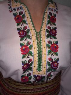 Ukraine, from Iryna: Polish Embroidery, Embroidery Dress, Embroidery Patterns, Hand Embroidery, Mexican Shirts, Unique Mehndi Designs, Palestinian Embroidery, Vintage Cross Stitches, Cross Stitch Flowers