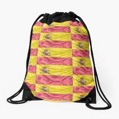 100 % polyester tissé. Cordons larges et souples, agréables pour vos épaules. Œillets métalliques de qualité et durables. Impression longue durée sur le devant et le dos. Legging, Tote Bag, Impression, Tour, Drawstring Backpack, Backpacks, Boutique, Bags, Apron