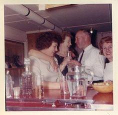 fifties-sixties-everyday-life:  1960s