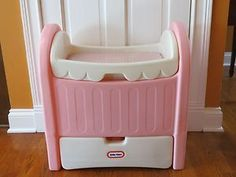 Details about Little Tikes Baby Doll Changing Table Bassinet Cradle Crib- Vintag Baby Doll Changing Table, Changing Table Storage, Vintage Pink, Vintage Toys, Baby Girl Bassinet, Playroom Table, Girl Cribs, Pink Doll, Childhood Toys