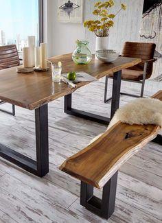 Esstisch & Bank Queens | atemberaubend schön präsentieren sich die Esszimmermöbel in massiver Akazie mit einer natürlichen Baumkante. Durch die Verwendung von Massivholz ist jeder Tisch / jede Bank ein Unikat. #nature #MoebelLETZ