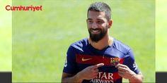 Arda Turan'ın bonservis bedeli belli oldu: Dünyaca ünlü spor kanalı ESPN'in haberine göre Barcelona takımından gidecek isimler belli oldu. Luis Enrique'nin takımdan ayrılmasının ardından Katalan takımının teknik direktörlük koltuğuna oturan Valverde, takımdan gidecek isimleri belirlediği belirtildi. - Gazeteci Bilal Meşe ile yaşadığı olayın ardından Türk Milli Takımı kariyerine son veren Arda Turan'ın da bu listede yer aldığını belirten ESPN ; Arda için Barcelona'nın 30 milyon Euro bonservis…