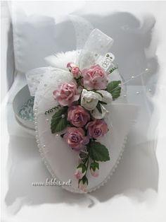 Bibbi's: Hvitt og rosa egg