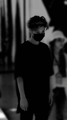 #luhan #wallpaper Chanyeol, Tao Exo, Extended Play, Anime Boy Sketch, Flautas, Exo Album, Music Mood, Exo Memes, Boy Pictures