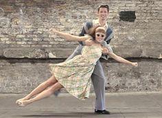 Friday date night 1940s Fashion, Vintage Fashion, Goofy Couples, Couples Modeling, Rock Around The Clock, Fashion Couple, Dance Art, Drop Waist, Fast Fashion