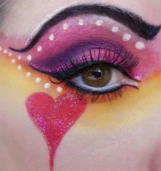 12 Valentine's Day Heart Eye Makeup Looks & Ideas For Girls & Women 2016 - Bilden Ideen Clown Makeup, Costume Makeup, Halloween Face Makeup, Creative Makeup, Simple Makeup, Easy Makeup, Colorful Makeup, Photomontage, Sexy Make-up