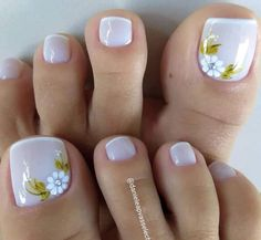 Toe Nail Flower Designs, Pedicure Designs, Nail Art Designs, Toe Nail Art, Toe Nails, Beautiful Toes, Cute Toes, Practical Gifts, Bling Nails