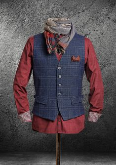 DORNSCHILD - designer vests for the modern man! - The chic, casual and stylish men& vests from Dornschild are the fashion statement for the mod - Urbane Mode, Gentleman Mode, Mode Man, Mens Boots Fashion, Herren Outfit, Cooler Look, Stylish Men, Look Cool, Menswear