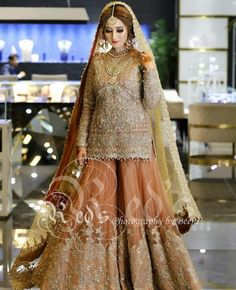New punjabi bridal wear embroidery Ideas Latest Bridal Dresses, Asian Bridal Dresses, Simple Pakistani Dresses, Wedding Dresses For Girls, Pakistani Dress Design, Party Wear Dresses, Bridal Outfits, Dress Wedding, Wedding Hair
