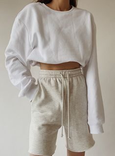 H&M Menswear Sweatshirt , Topshop Oversized Jogger Shorts , Hugo Boss Socks, New Balance Sneakers , Nike 'Just Do It' Cap (similar here ) Short Outfits, Trendy Outfits, Summer Outfits, Cute Outfits, Fashion Outfits, Hijab Fashion, Mens Fashion, Fashion Tips, Easy Style