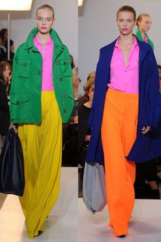 Learn what is color blocking and how to style your looks. ELLE fashion experts show off the seasons hottest color blocking fashion. Colour Blocking Fashion, Color Blocking Outfits, Colourful Outfits, Colorful Fashion, Elle Fashion, Fashion Trends, Fashion Graphic, Fashion Tips For Women, Apparel Design
