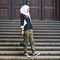 Ideas Fashion Hijab Style Chic For 2019 Hijab Chic, Hijab Casual, Hijab Outfit, Casual Chic, Muslim Women Fashion, Islamic Fashion, Modest Fashion, Style Fashion, Hijab Fashion Inspiration